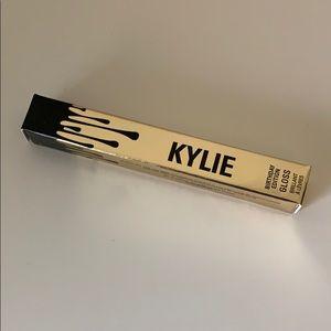 Kylie cosmetics poppin gloss
